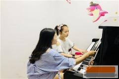 钢琴培训哪家好,钢琴培训贵吗多少钱,怎么收费